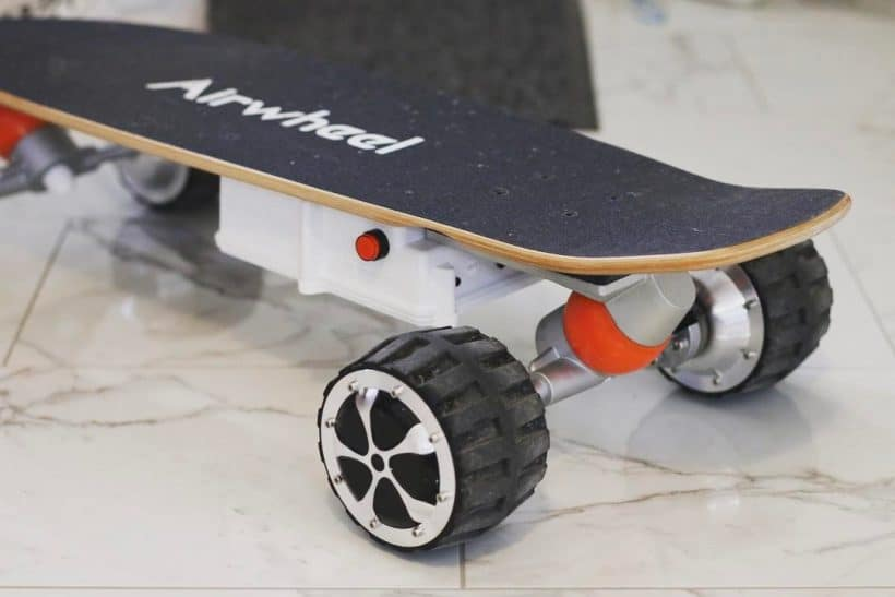 All Terrain Electric Skateboard Airwheel M3 Wild Child